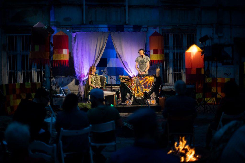Koncert Małgorzaty iBartłomieja Gulaj podczas Łódzkiej Nocy Kupały